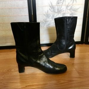 Cole Haan Black leather ankle boots size 9